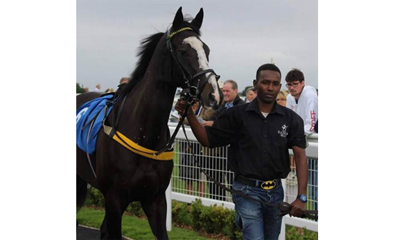 Abdul leading up at Bath Racecourse, August 2016